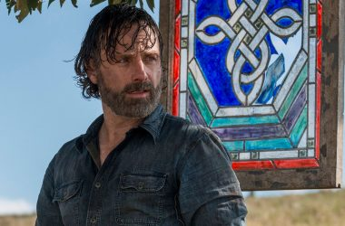 Showrunner afirma que nona temporada de The Walking Dead terá salto temporal