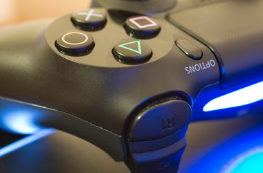 Sony registra patente de um novo controle com tela sensível ao toque