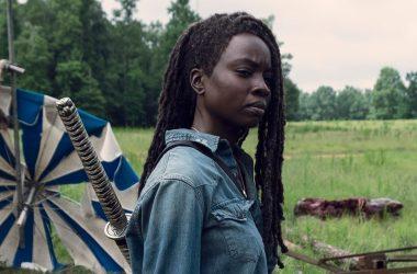 Site afirma que Danai Gurira deixará o elenco fixo de The Walking Dead na 10ª temporada