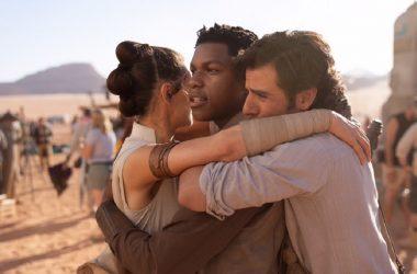 J.J. Abrams divulga foto que marca o fim das filmagens de Star Wars: Episódio IX