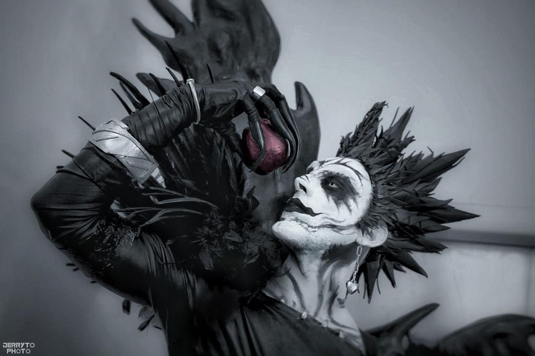 Fa De Death Note Cria Um Aterrorizante Cosplay De Ryuk