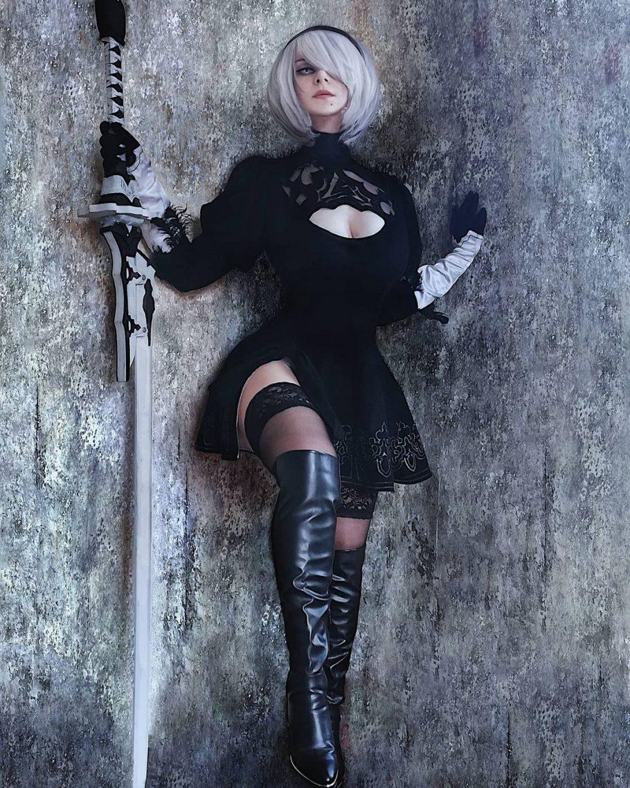 Fã de Nier Automata fez um cosplay incrível da 2B